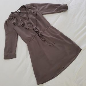 H&M Fully Lined Taupe Ruffled Blouse Size 4
